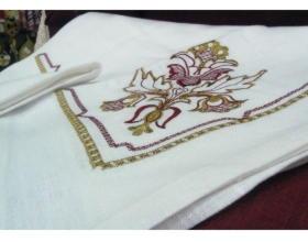 Комплект столовый с вышивкой