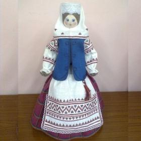 Кукла сувенирная MG004